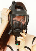 Gazmask for breath controll.