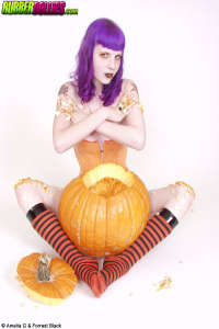 Haloween teen with pumkin