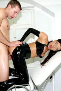 Latex whore MONICA ass fucking